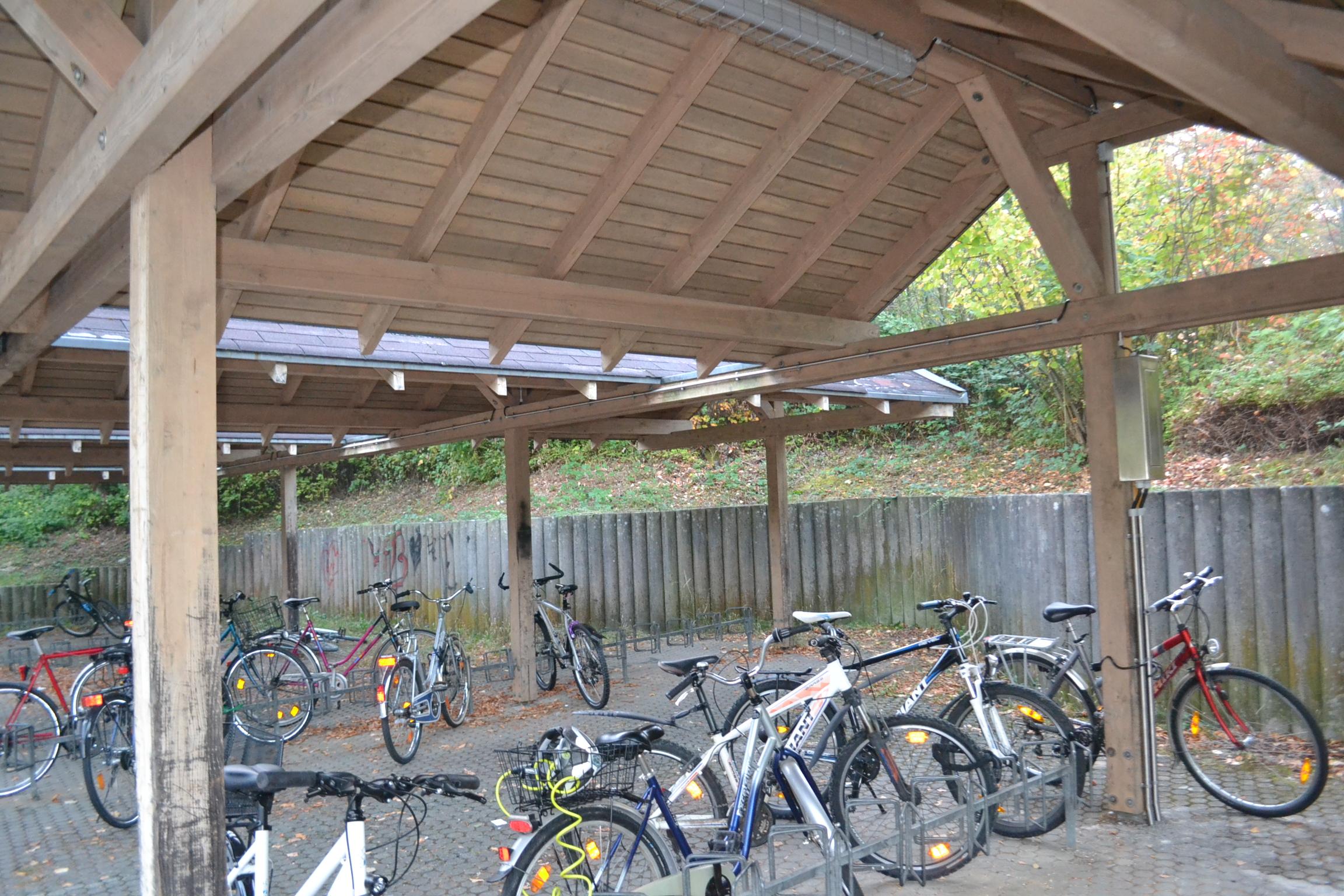 Mobilitatspunkt Gingen Beleuchtung Fahrradstander Am Bahnhof